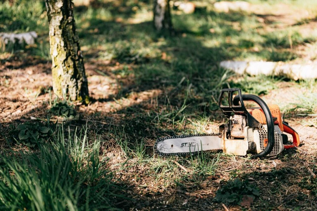 chainsaw chains